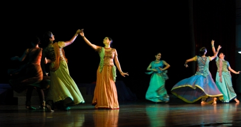 Lao Rock_Indain Kathak dance_live in Vientiane (1)