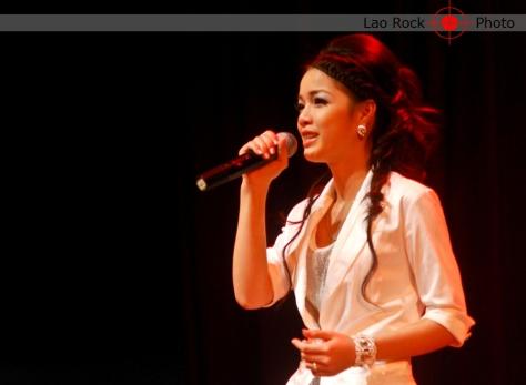 Lao rock_ketsana fundraising concert (15) copy