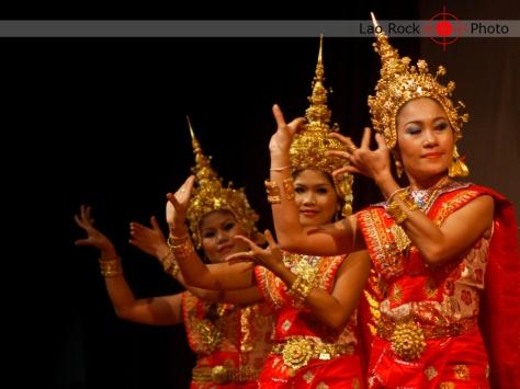 Lao rock_ketsana fundraising concert (19) copy