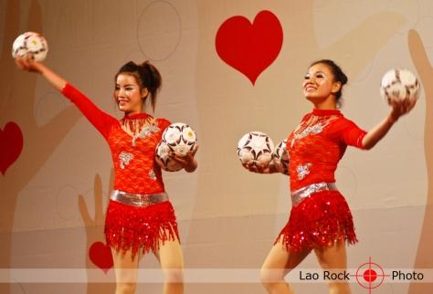 Lao rock_ketsana fundraising concert (29) copy